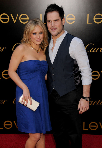 Most people will go to Islanders games to try to see Hillary Duff, instead of her boyfriend, Mike Comrie (Flickr photo).